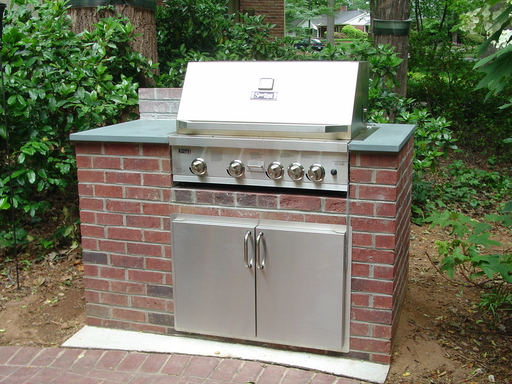 Click to enlarge image 07042713-outdoor_kitchen-after-1E.jpg